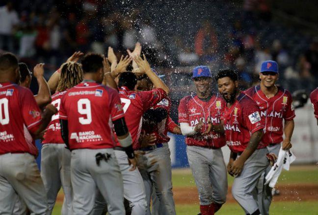 panama-serie_del_caribe-beisbol-mlb-toros-herrera