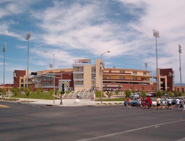 Isotopes_Park_Albuquerque.jpg
