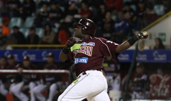 Ronnie Mustelier pelotero cubano culiacan